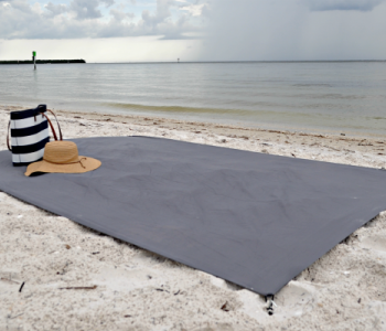 The BEST Beach Blanket ever!
