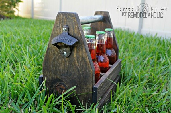 Drink Caddy  sawdust2stitches for remodelaholic.com