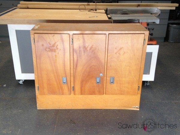 Cabinet Makeover Sawdust2stitches.com 1