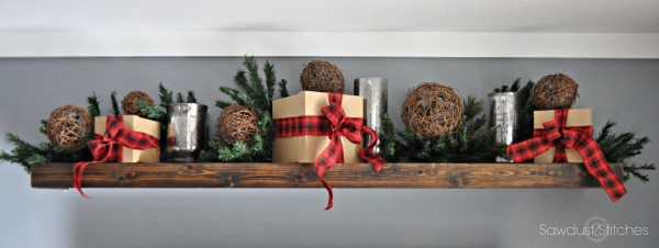 Christmas mantle 5 sawdust2stitches