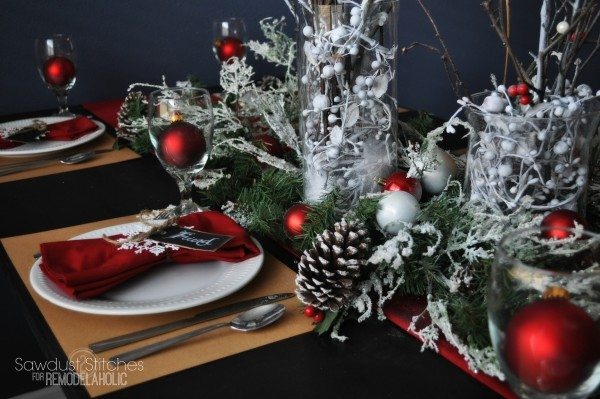 sawdust2stitches remodelaholic christmas table setting 2
