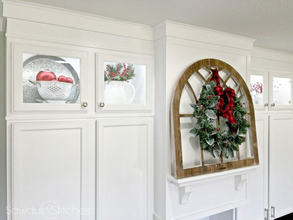 holiday-home-tour-2016-christmas-kitchen-cabinets-sawdust2stitches-com