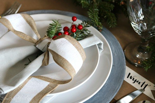 rustic-christmas-tablescape-by-sawdust2stitches-com