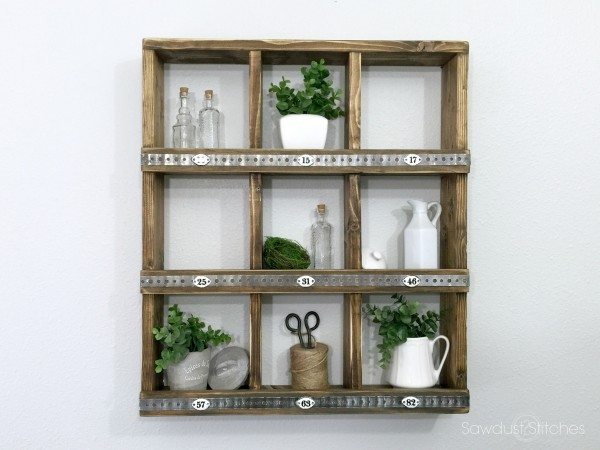 DIY Rustic Wall Cubby by Sawdust2stitches.com