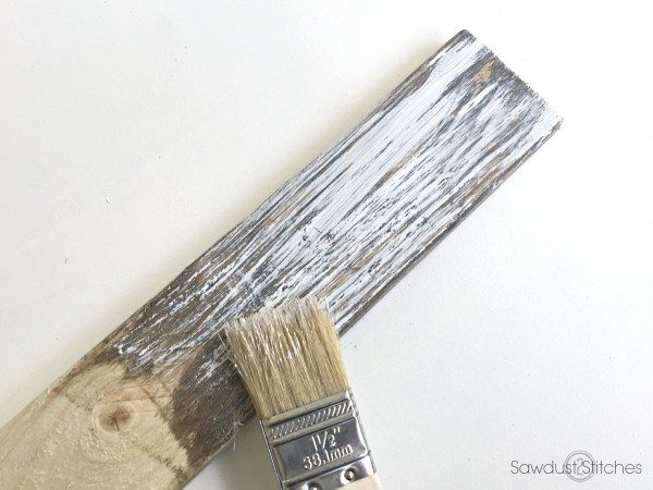 How to Chippy Paint Finish by sawdust2stitches.com 3