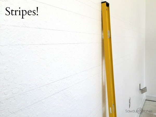 -Home Gym Makeover Painting Stripes