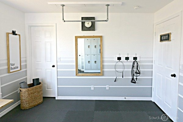 Home Gym Makeover by Sawdust2Stitches.com
