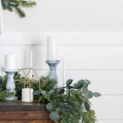Modern Wreath Christmas Vignette